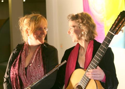 Monika Pfennigs und Christa Schumacher